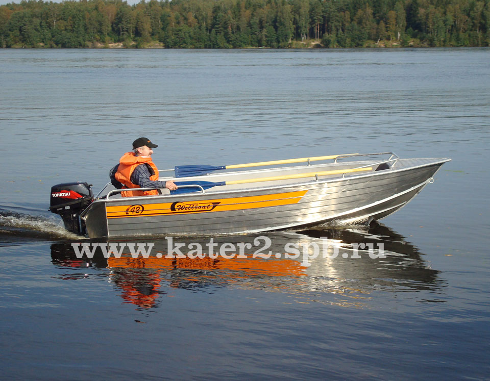 тест лодки Wellboat 42